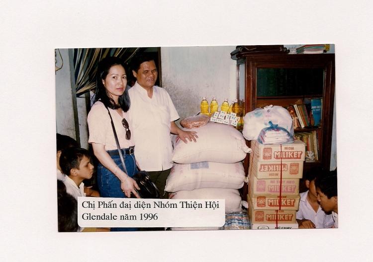 1 Phấn & Mr Đào Khánh Trừơng in 1996